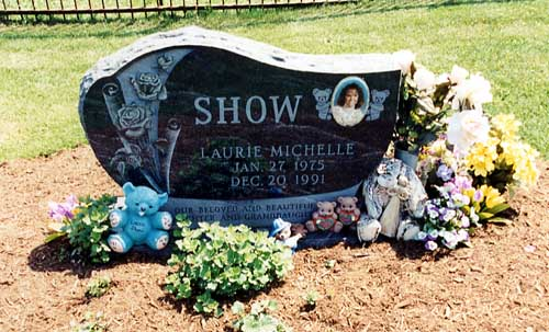 laurie_show_gravesite